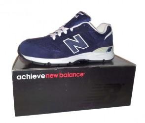 New Balance navy/white